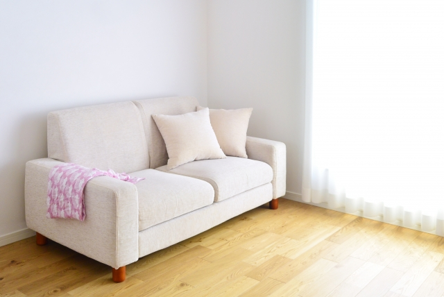 処分したいソファーのイメージ写真
