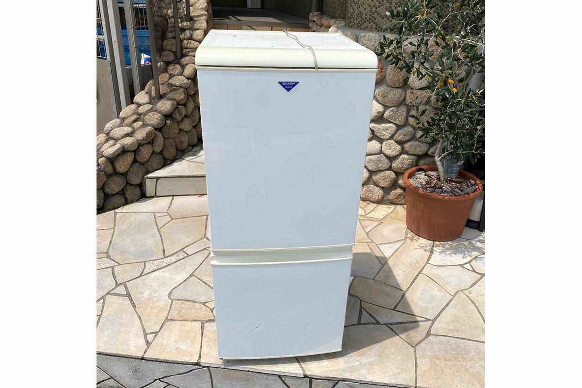 大阪府吹田市にて回収した冷蔵庫の写真
