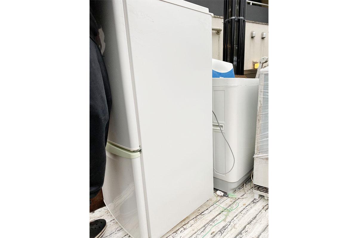 大阪市浪速区にて回収した洗濯機、冷蔵庫の写真