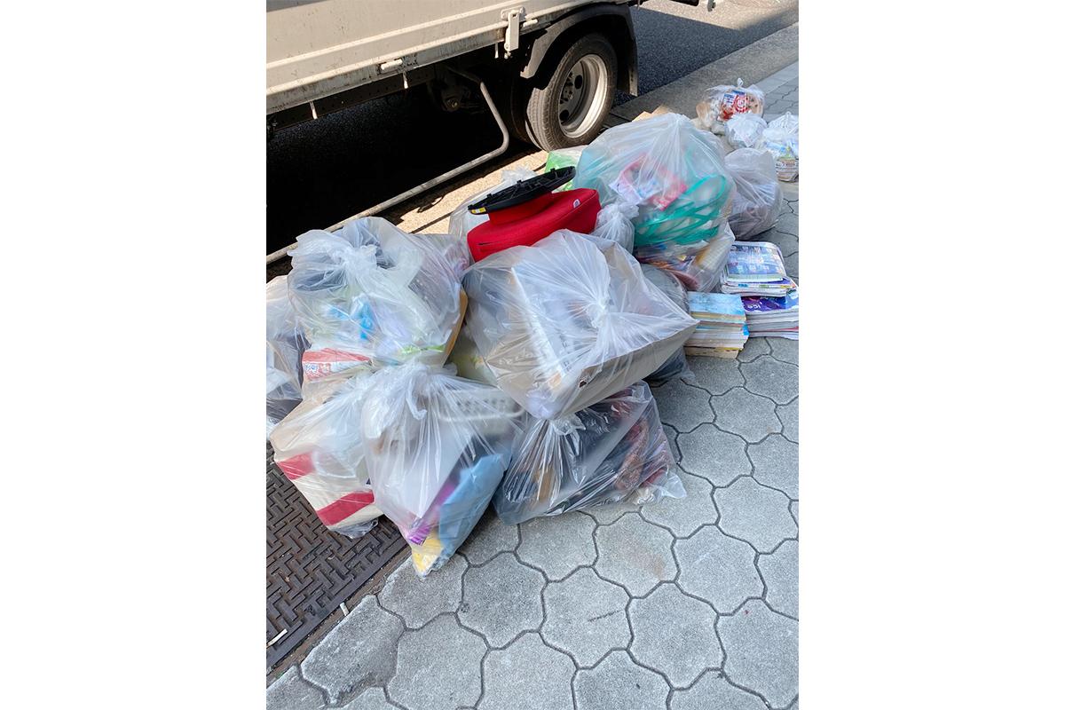 大阪市北区にて回収した引越し不用品の写真