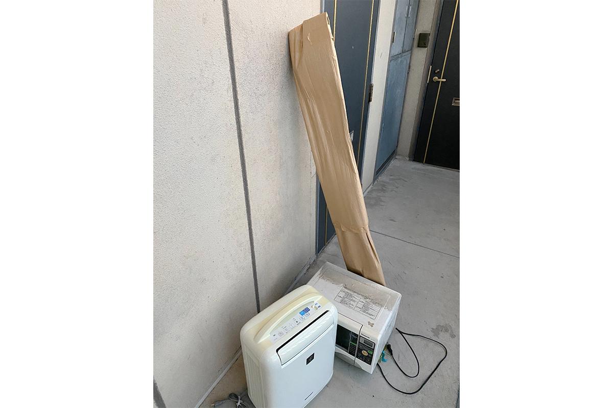 大阪市生野区にて回収したオーブンや空気清浄機など不用品の写真