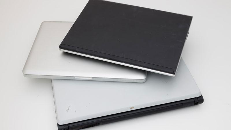 不要なノートパソコンのイメージ写真